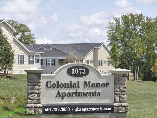 Colonial Manor Apartments